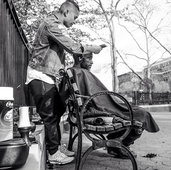 free-haircuts-for-homeless-nyc-04