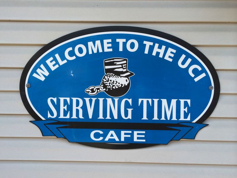 serving-time-cafe