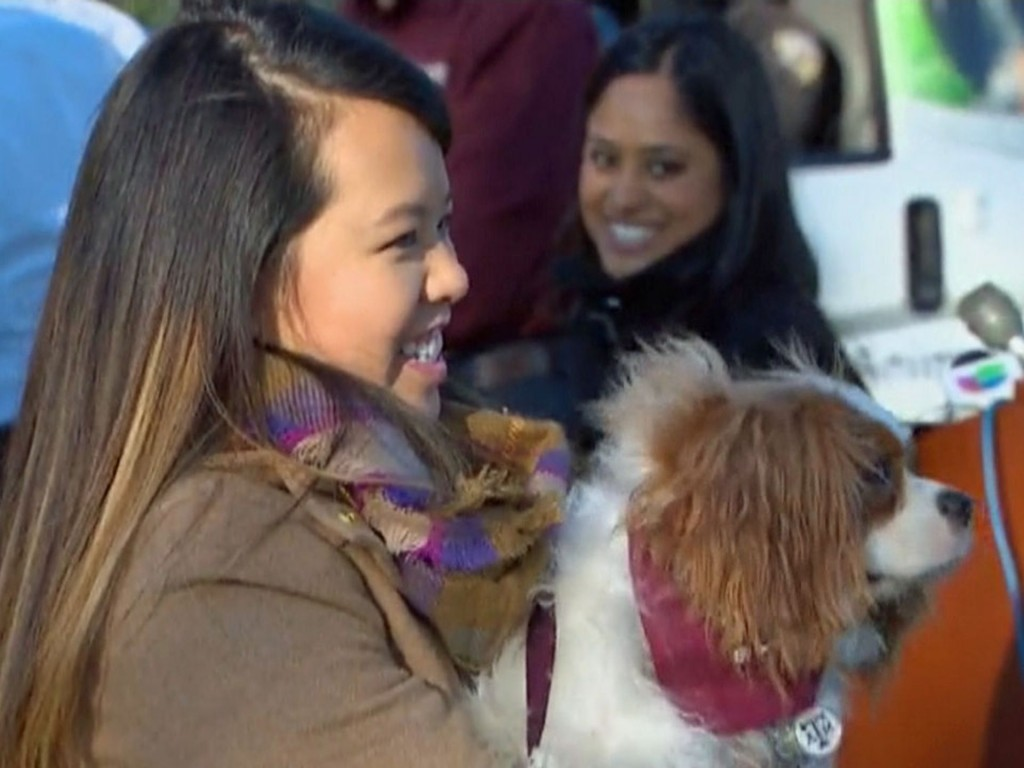 ebola-nurse-reunited-with-her-dog-03