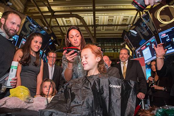 girl-shaves-head-in-support-of-kids-fighting-cancer-04